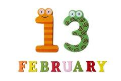 13 Φεβρουαρίου στο άσπρους υπόβαθρο, τους αριθμούς και τις επιστολές Στοκ Εικόνες