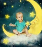 Φεγγάρι και αγοράκι στοκ εικόνα με δικαίωμα ελεύθερης χρήσης