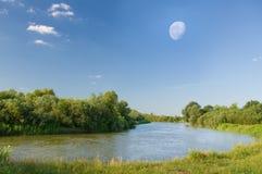 φεγγάρι κατά τη διάρκεια τ&o Στοκ Εικόνες