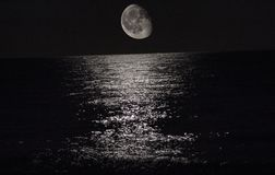 Φεγγάρι στη Μεσόγειο Στοκ εικόνα με δικαίωμα ελεύθερης χρήσης