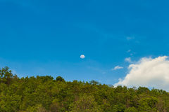 φεγγάρι στον ουρανό Στοκ εικόνα με δικαίωμα ελεύθερης χρήσης