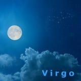 Φεγγάρι στο νυχτερινό ουρανό με zodiac σχεδίου τον αστερισμό Virg Στοκ Φωτογραφίες