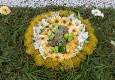 Φεστιβάλ λουλουδιών - οι διάσημοι floral τάπητες στο κέντρο της πόλης του Φουνκάλ κατά μήκος του κεντρικού περιπάτου Avenida Arri στοκ φωτογραφία