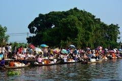Φεστιβάλ ποταμών Phra Roi Tuk baat Στοκ εικόνες με δικαίωμα ελεύθερης χρήσης