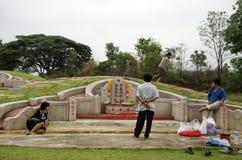 Φεστιβάλ Qingming στο νεκροταφείο Sritasala σε Ratchaburi, Ταϊλάνδη Στοκ φωτογραφία με δικαίωμα ελεύθερης χρήσης