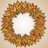 Φθινοπωρινό στρογγυλό πλαίσιο Στεφάνι των φύλλων φθινοπώρου Στοκ Φωτογραφία