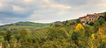Φθινοπωρινό τοπίο. Piedmont, Ιταλία. Στοκ φωτογραφία με δικαίωμα ελεύθερης χρήσης