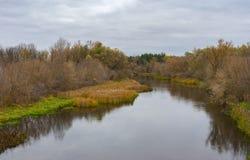 Φθινοπωρινό andscape με τον ποταμό Psel Στοκ Φωτογραφίες