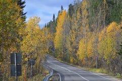 Φθινόπωρο Δρόμος Ρωσία Χερσόνησος κόλα Στοκ Φωτογραφίες