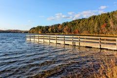 Φθινόπωρο στη λίμνη Στοκ Εικόνες