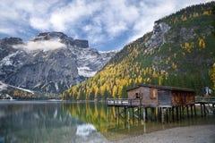 Φθινόπωρο στις Άλπεις. Στοκ εικόνες με δικαίωμα ελεύθερης χρήσης