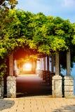 Φθινόπωρο στον περίπατο Lago Maggiore λιμνών Ιταλία, Arona Στοκ Φωτογραφίες