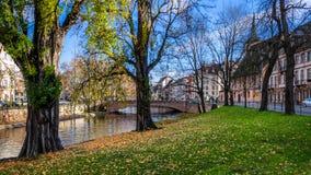 Φθινόπωρο στο κέντρο πόλεων του Στρασβούργου Στοκ εικόνες με δικαίωμα ελεύθερης χρήσης