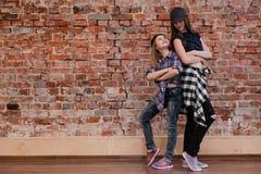 Φιλία στο ύφος χορός αστικός Στοκ Εικόνα