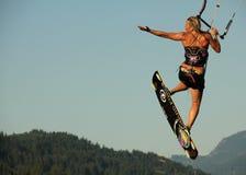 φιλί kiteboarder Στοκ εικόνες με δικαίωμα ελεύθερης χρήσης