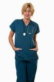 Φιλική ελκυστική νοσοκόμα γιατρών εργαζομένων υγειονομικής περίθαλψης Στοκ φωτογραφία με δικαίωμα ελεύθερης χρήσης