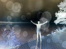 φιλτραρισμένος Το άτομο αναπτύσσεται και τεντώματος μυ'ες στη λίμνη στοκ εικόνα με δικαίωμα ελεύθερης χρήσης