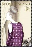 ΦΙΝΛΑΝΔΙΑ - 2009: παρουσιάζει φόρεμα από τη Anna και το Tuomas Laitinen, σειρά φινλανδικής μόδας Στοκ φωτογραφία με δικαίωμα ελεύθερης χρήσης