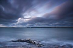 Φινλανδία: Ακτή της θάλασσας της Βαλτικής στοκ φωτογραφίες