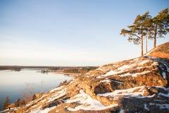 Φινλανδία, Ελσίνκι, πρόσφατο φθινόπωρο Η θάλασσα της Βαλτικής, κόλπος Στοκ φωτογραφία με δικαίωμα ελεύθερης χρήσης