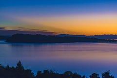 Φιορδ και τοπίο βουνών, νησί Chiloe, Χιλή Στοκ εικόνα με δικαίωμα ελεύθερης χρήσης