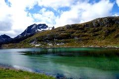 Φιορδ στα νησιά Lofoten, Νορβηγία Στοκ φωτογραφία με δικαίωμα ελεύθερης χρήσης