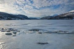 Φιορδ το χειμώνα Στοκ φωτογραφία με δικαίωμα ελεύθερης χρήσης