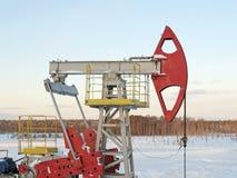φιλτραρισμένο κόκκινο αντλιών πετρελαίου γρύλων εικόνας Στοκ εικόνα με δικαίωμα ελεύθερης χρήσης