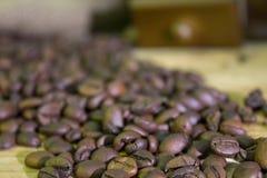 Φλιτζάνι του καφέ, καφές-φασόλια, μύλος καφέ, σάκος καφέ Στοκ Εικόνα