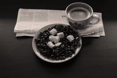 Φλιτζάνι του καφέ με τα φασόλια και τη ζάχαρη Στοκ Εικόνα