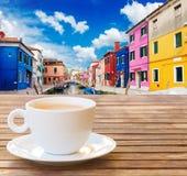 Φλιτζάνι του καφέ σε Burano Στοκ φωτογραφίες με δικαίωμα ελεύθερης χρήσης