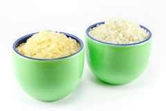 φλυτζάνια καφέ μέσα στο ρύζι δύο ποικιλίες Στοκ Εικόνες