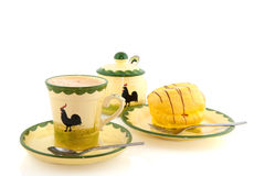 φλυτζάνι καφέ κέικ κίτρινο Στοκ Εικόνες