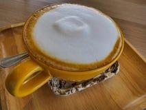 φλυτζάνι καφέ καφέδων latte Στοκ Εικόνες