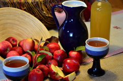 Φλυτζάνι μηλίτη της Apple Στοκ Εικόνες
