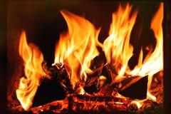 Φλόγα σε μια εστία Στοκ Εικόνα