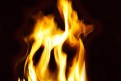 Φλόγες και πυρκαγιά Στοκ εικόνα με δικαίωμα ελεύθερης χρήσης