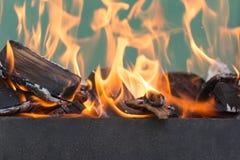 Φλόγες της πυρκαγιάς ως υπόβαθρο Στοκ Φωτογραφία