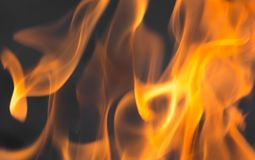 Φλόγες της πυρκαγιάς ως υπόβαθρο Στοκ φωτογραφίες με δικαίωμα ελεύθερης χρήσης
