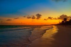 Φοίνικας Riviera Maya ηλιοβασιλέματος παραλιών Tulum Στοκ Εικόνες