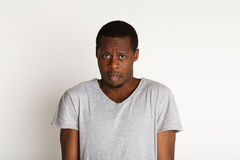 Φοβησμένος και αμφισβητήσιμος, εκφράσεις του προσώπου, μαύρος Στοκ φωτογραφίες με δικαίωμα ελεύθερης χρήσης