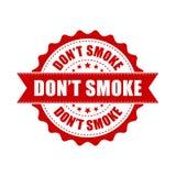Φορέστε τη σφραγίδα καπνού ` τ grunge Διανυσματική απεικόνιση στο άσπρο BA διανυσματική απεικόνιση