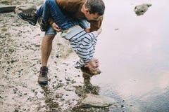 Φορέστε ` τ το κάνει μπαμπάς! Στοκ φωτογραφίες με δικαίωμα ελεύθερης χρήσης
