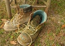 Φορεμένες μπότες εργασίας Στοκ εικόνες με δικαίωμα ελεύθερης χρήσης