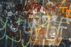 Φορεμένος τοίχος γκράφιτι Στοκ Εικόνες