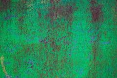 Φορεμένο σκούρο πράσινο σκουριασμένο υπόβαθρο σύστασης μετάλλων Στοκ φωτογραφία με δικαίωμα ελεύθερης χρήσης