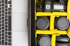 Φορητός επαγγελματικός φωτογραφικός εξοπλισμός στοκ εικόνα με δικαίωμα ελεύθερης χρήσης