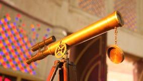Φορητό τηλεσκόπιο στη στάση απόθεμα βίντεο