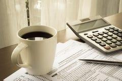 Φορολογικές μορφές δαπανών για την επιχειρησιακή χρήση του σπιτιού σας Στοκ εικόνες με δικαίωμα ελεύθερης χρήσης