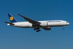 Φορτίο Boeing 777 της Lufthansa Στοκ Εικόνες